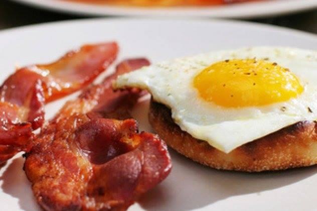 """Πώς κάνω πετυχημένα αυγά """"μάτια"""""""