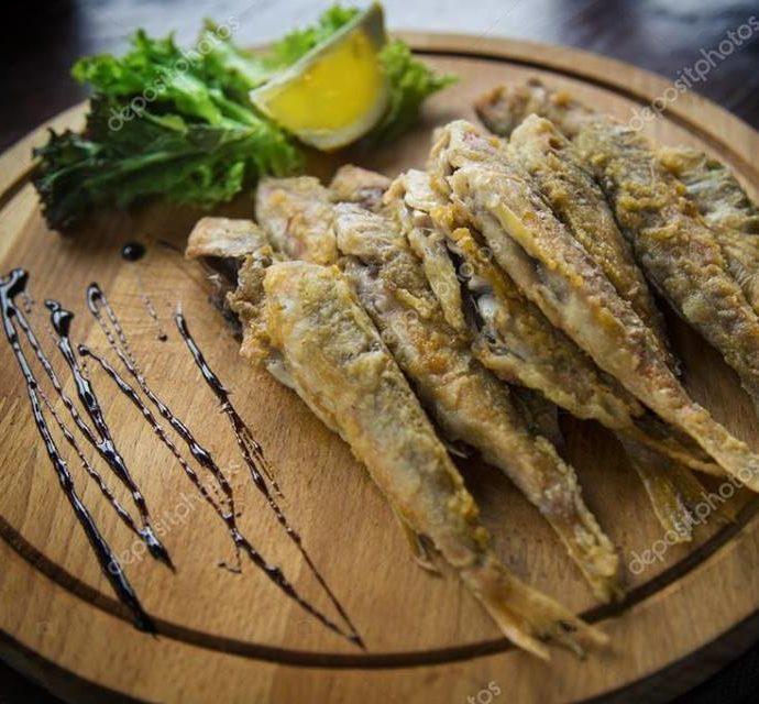Νόστιμα τηγανιτά ψάρια
