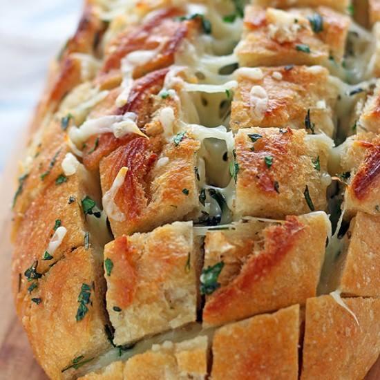 Γεμιστό ψωμί ή πατάτες
