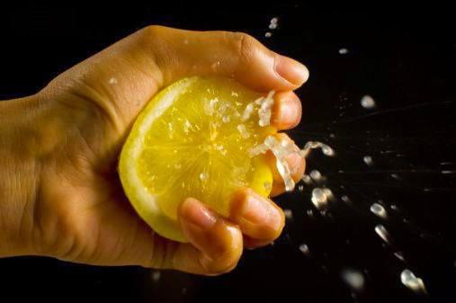 Λίγες σταγόνες λεμονιού