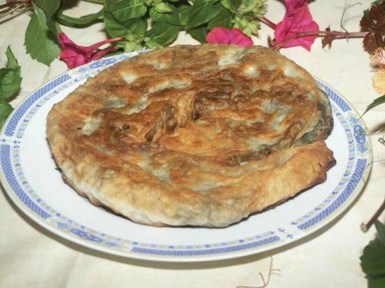 Τυρόπιτα-χορτόπιτα Αλοννήσου
