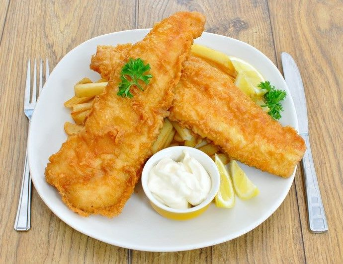 Fish and chips (ψάρι με πατάτες)