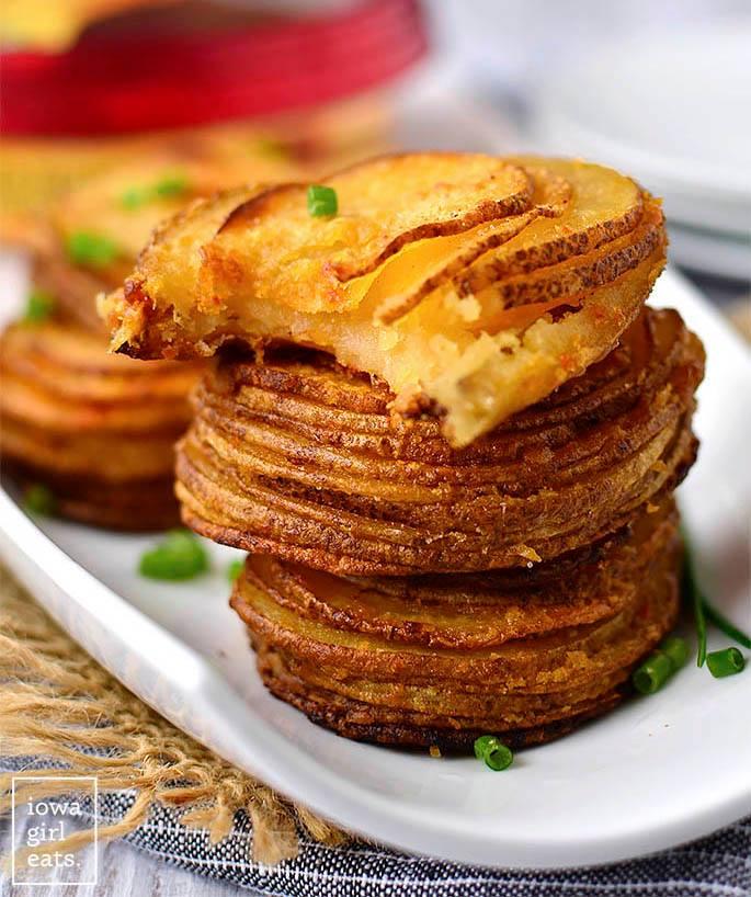 Αμερικάνικο σνακ με χούμους και πατάτες