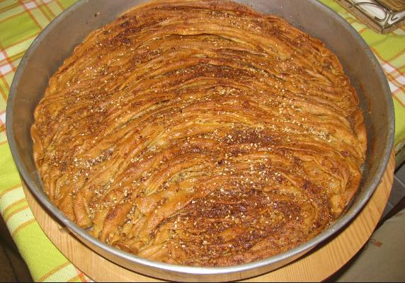 Κατιμάρι ή κατιμάρ Αιτωλοακαρνανίας (μπακλαβάς με σούρες)