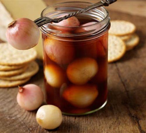 Κρεμμύδια εσαλότ ή κοκκάρι γλυκόξινο τουρσί