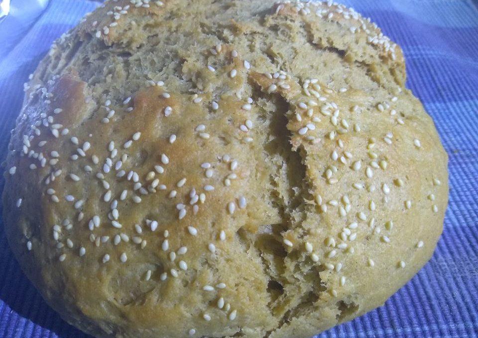 Ψωμί με αλεύρι σουσαμιού