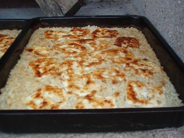 Κασπακινό (αρνάκι με ρύζι και τυρί) σπεσιαλιτέ Λήμνου