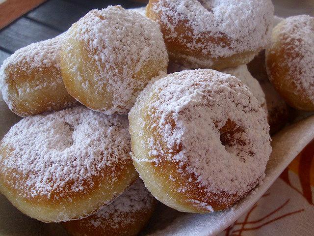 Πώς θα φτιάξετε τα τέλεια τηγανιτά ντόνατς (donuts)