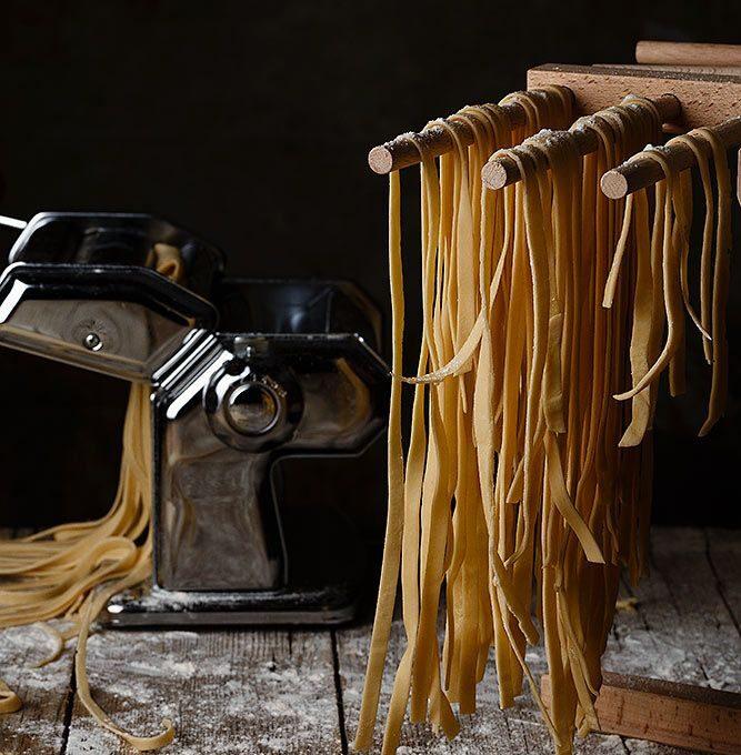 Βασική συνταγή ζύμης για σπιτικά ζυμαρικά  (πάστα νουίγ)