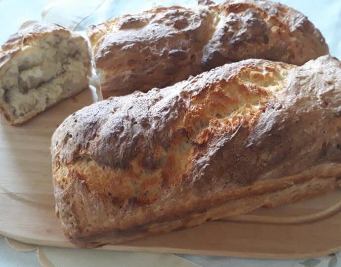 Ζυμωτό ψωμί (παλιά συνταγή)