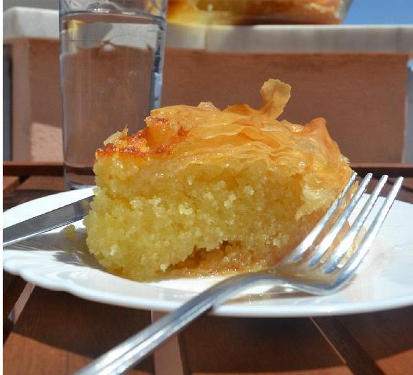Σφολιάτσα Σύρου ή Μαστιχάκι (σιροπιαστό γλυκό με φύλλο)