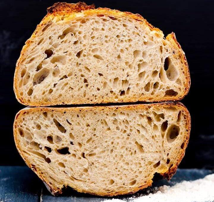Ψωμί σπιτικό με επαγγελματικές οδηγίες για σωστή ζύμη