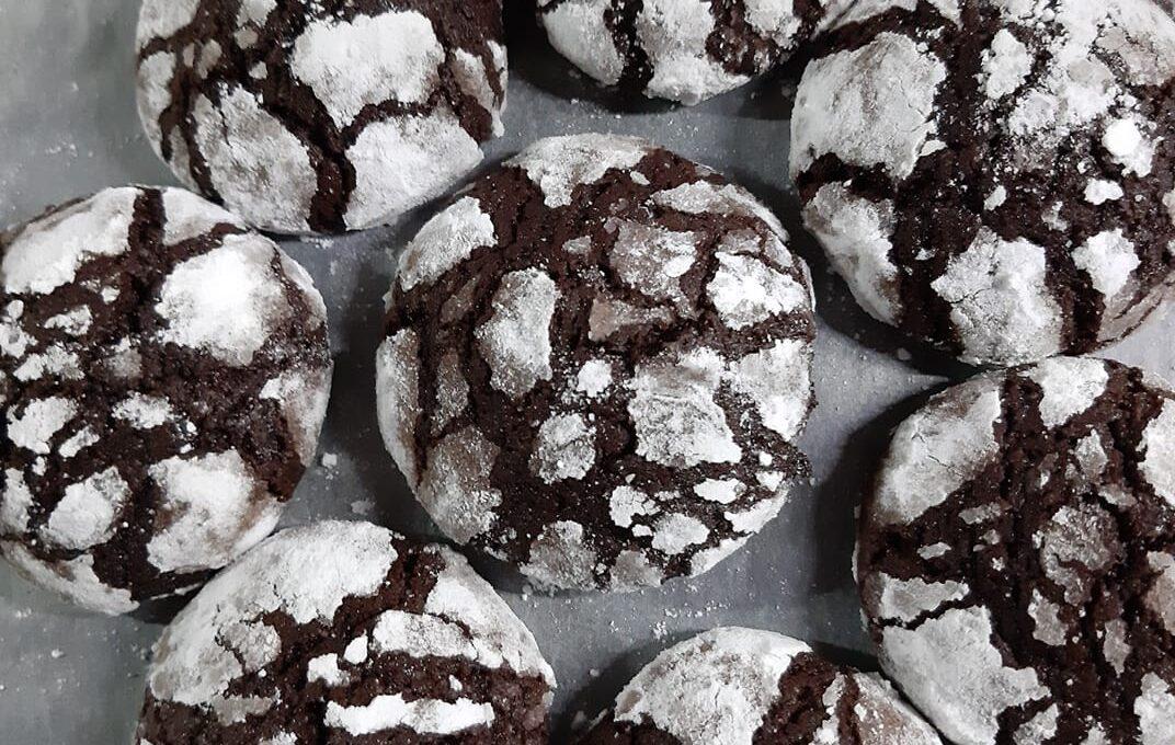 Μπισκότα κρακελέ με ηλιέλαιο και καφέ