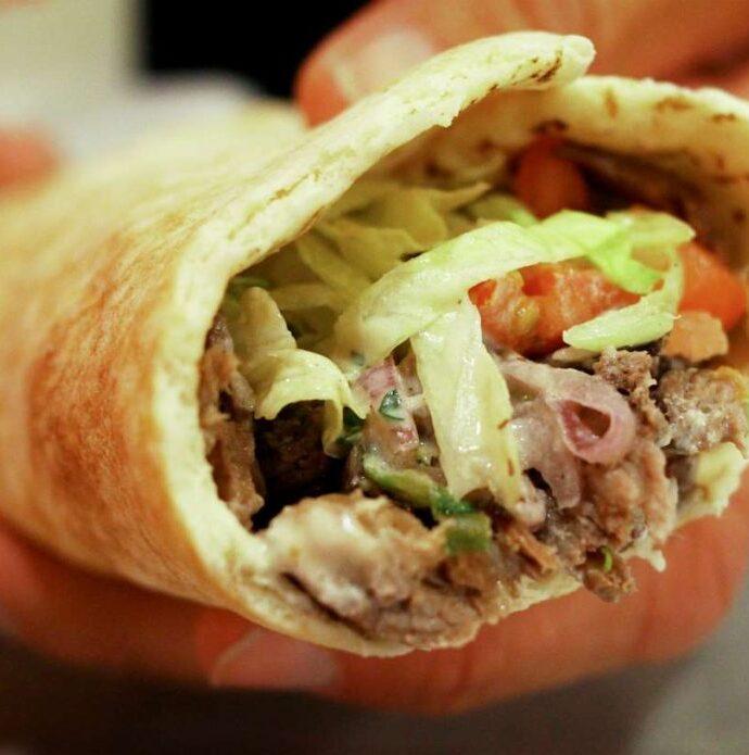 Shawarma (Σαουάρμα ο χειροποίητος γύρος της Ιορδανίας)