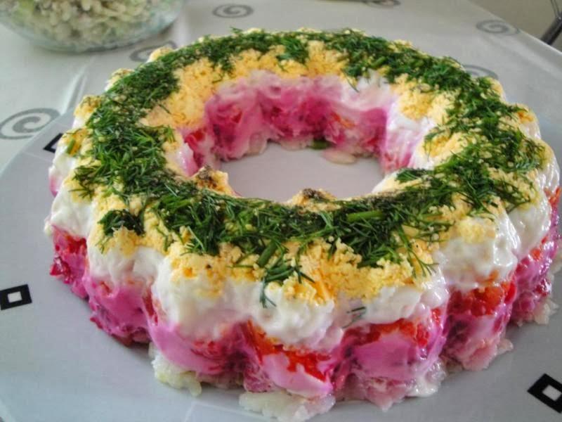 Σαλάτα πολύχρωμη γιορτινή