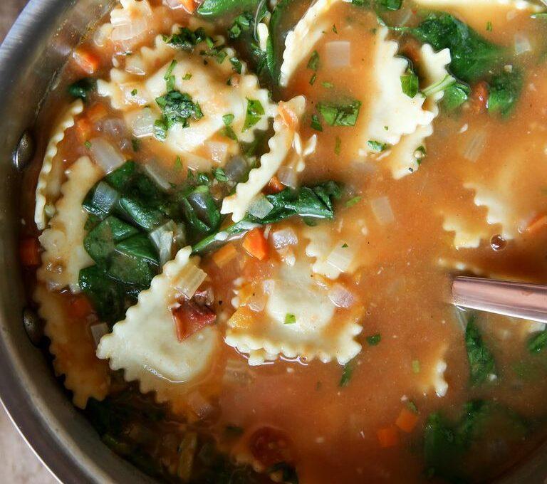Σούπα με ραβιόλια