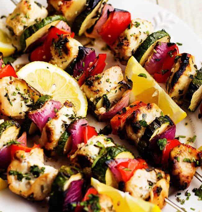 Σουβλάκια κοτόπουλου με λαχανικά (μαριναρισμένα)